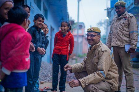 पुलिस पीर जाने नहिं कोई / अशोक कुमार गौतम